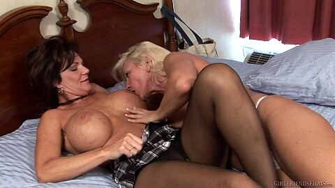 Cindy Craves Deauxma